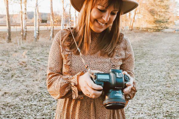personalbrandphotographer, sichtbarkeitsexpertin, personalbrandfotografie, natürliche fotos, sichtbarkeit, entrpreneure, bilder für entrepreneure, unternehmerin